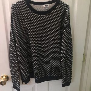 Old Navy black and white sweater